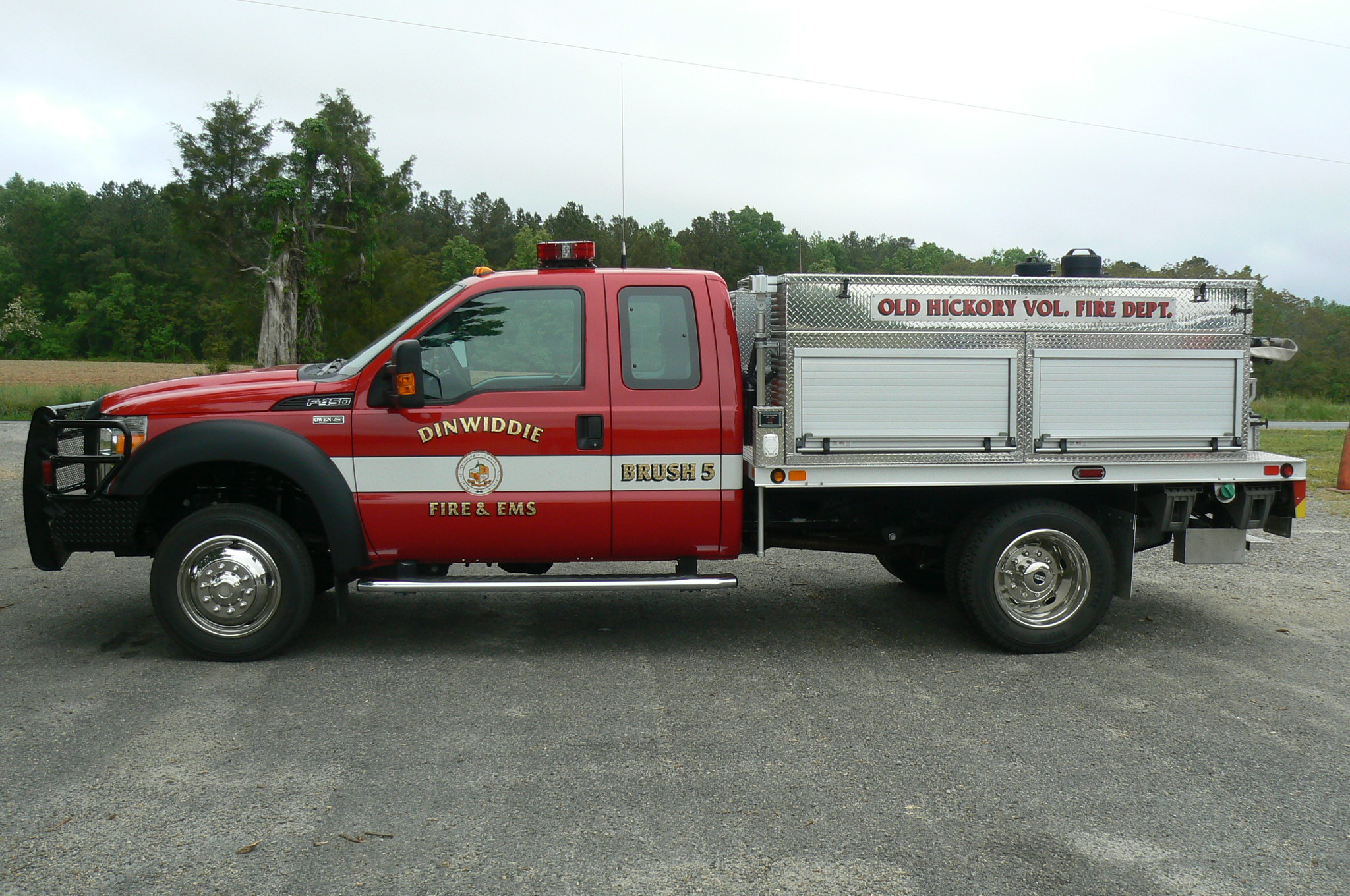 Red brush fire truck